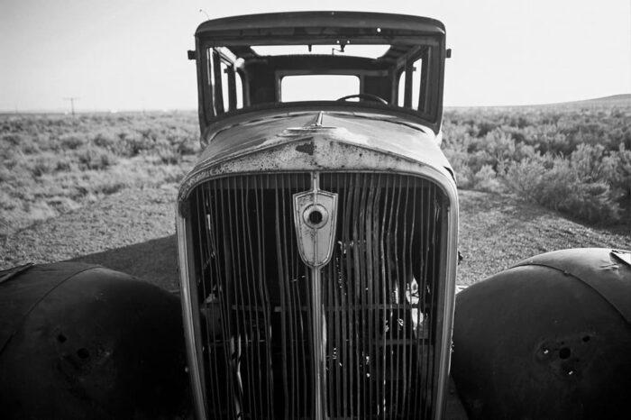 Abandoned Car RT 66 Arizona © Amy Weiser, Photographer