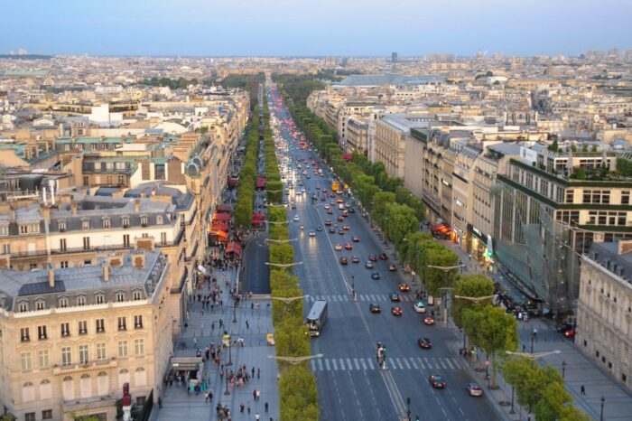 Champs Elysees in Paris France, Travel Photography © Amy Weiser, Photographer