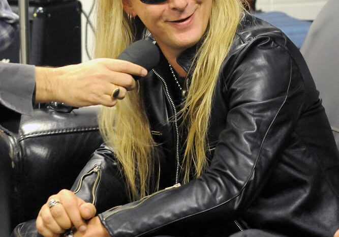 Backstage Interview with Jerry Cantrell of Alice in Chains, Event Photography © Amy Weiser, Photographer