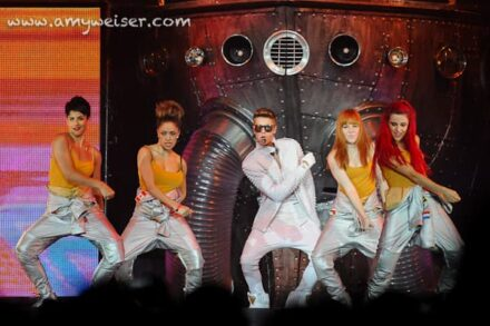 Justin Bieber in Concert at Rocket Mortgage Fieldhouse (Quicken Loans Arena), Concert Photography 2013 © Amy Weiser, Photographer