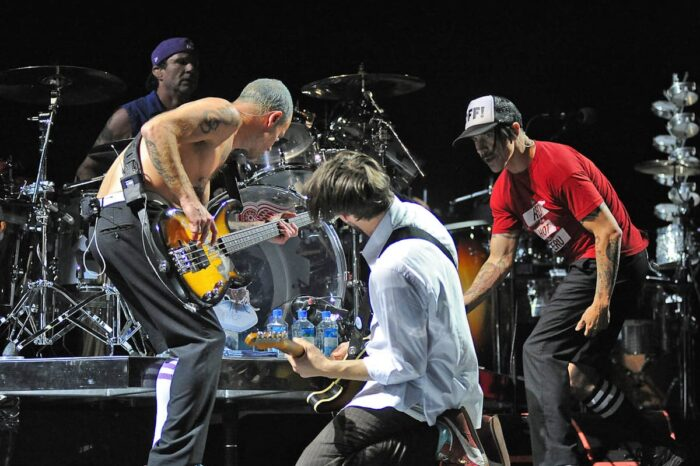 Red Hot Chili Peppers in Concert at Rocket Mortgage Fieldhouse (Quicken Loans Arena), Concert Photography © Amy Weiser, Photographer
