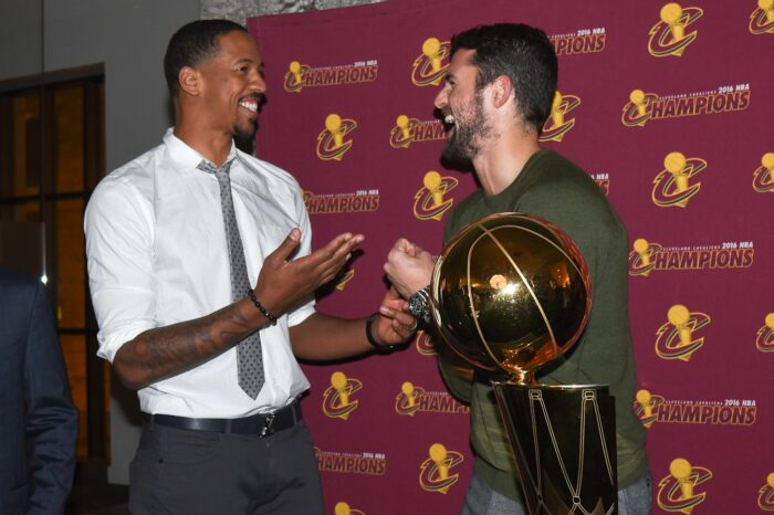 Cleveland Cavaliers VIP Event with Kevin Love and Channing Frye, Event Photography © Amy Weiser, Photographer