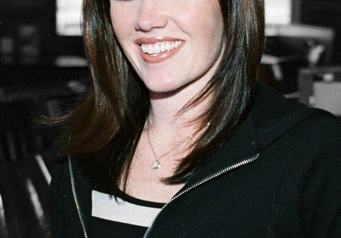 Maria Borgio headshot © Amy Weiser, Photographer