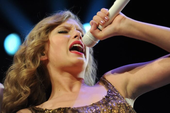 Taylor Swift in Concert at Rocket Mortgage Fieldhouse (Quicken Loans Arena), Concert Photography © Amy Weiser, Photographer